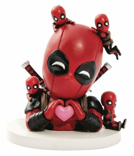 Beast Kingdom Marvel Comics Deadpool Daydream Mini Egg Attack Action Figure