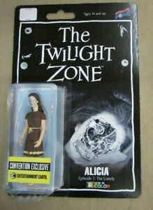 Twilight-Zone-Alicia-3-3-4-Inch-Figure-In-Color-Convention-Exclusive-The-Lonely