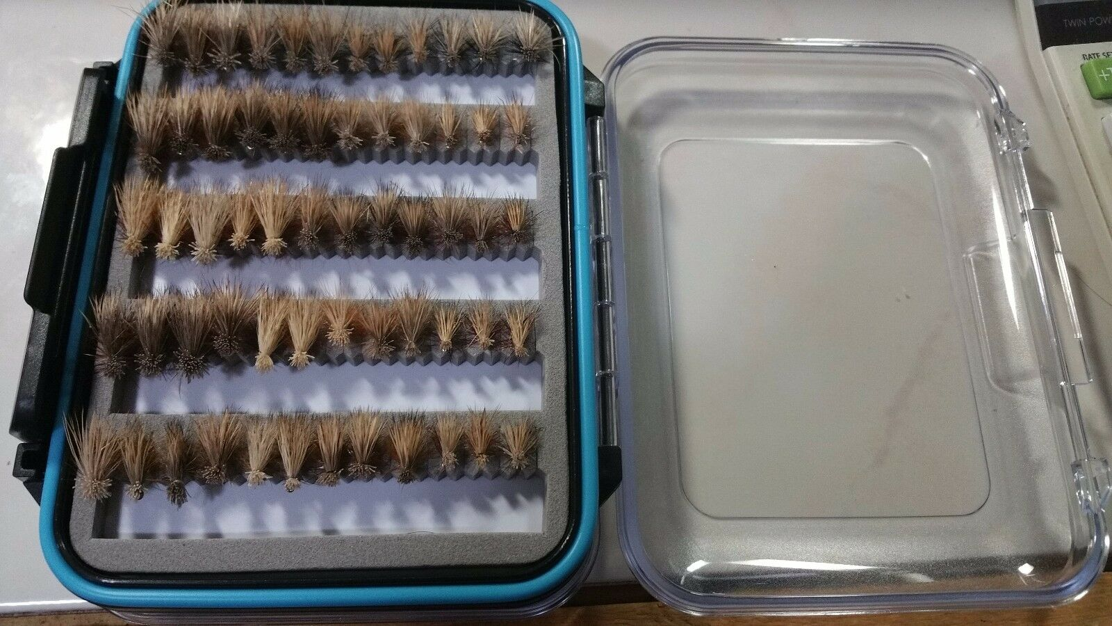 72 Elk Hair Caddis In Fliegen Box - Trout Dry Flies - US Veteran Owned