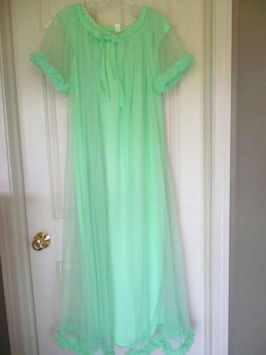GORGEOUS Vintage LIME Green PEIGNOIR SET Nightgown