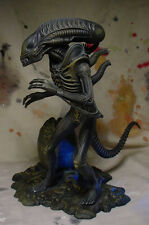 "ALIEN w EGG 9"" STATUE w PROFESSIONAL BUILD & PAINT Awesome Detail Halycyon"