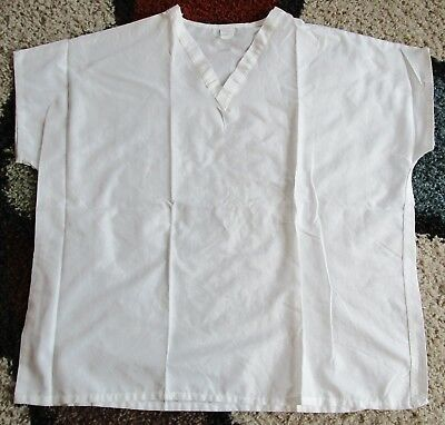 22be99091d0 Best Medical Unisex Reversible Cap Sleeve Scrub Top White 100% Cotton Large