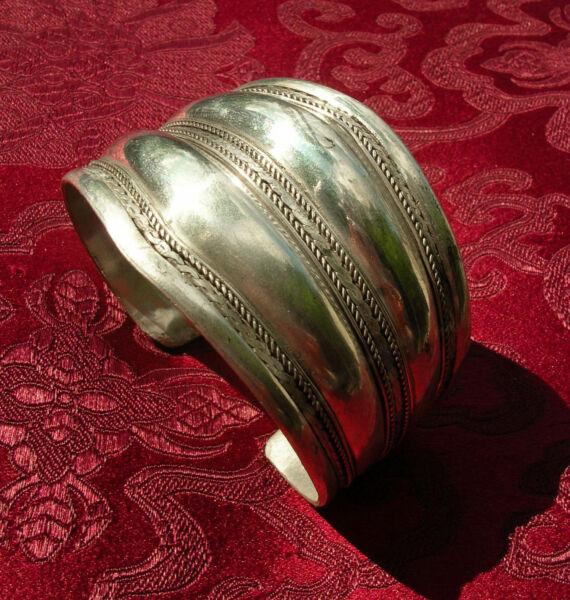 Besorgt Wunderschöner Breiter Silber Armreif Aus Nepal Filigran