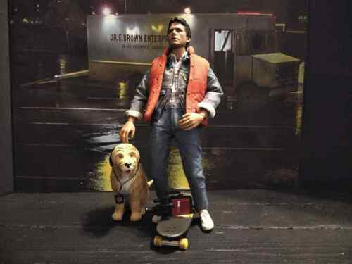 Dog 1//6 Scale EINSTEIN Hot Toys BACK TO THE FUTURE