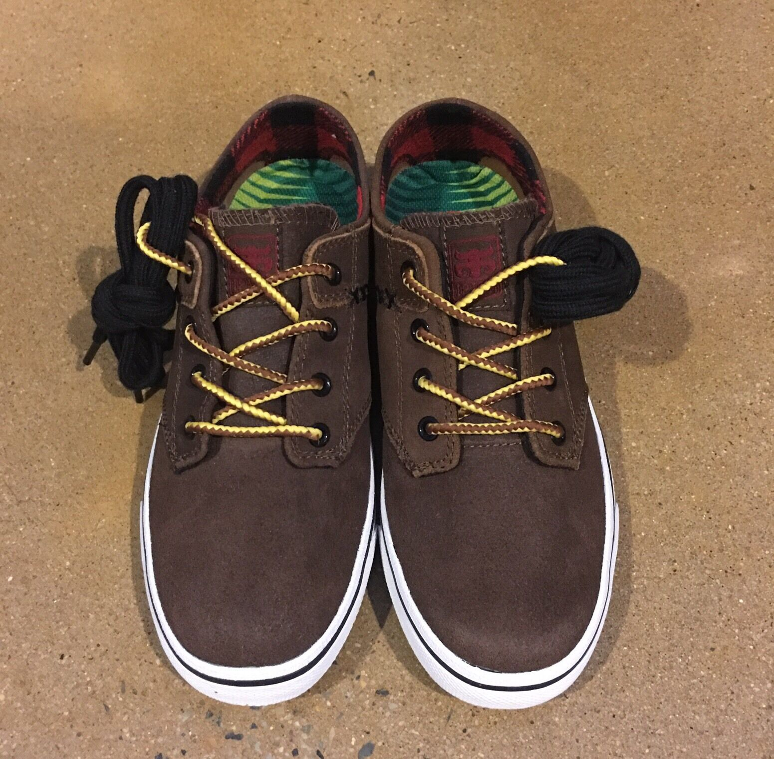 IPath Nomad S Dirt Cow Skull Size 6 US BMX DC Skate Shoes  Deadstock