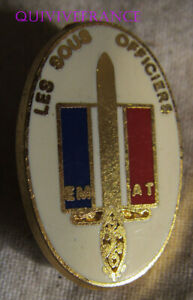 BG10784-badge-pin-039-s-LES-SOUS-OFFICIERS-ETAT-MAJOR-DE-L-039-ARMEE-DE-TERRE