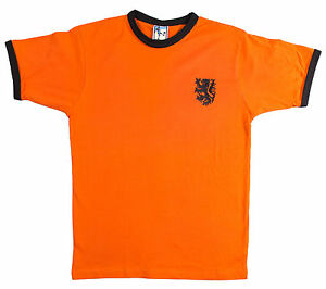 Retro-Holland-Netherlands-1970-039-s-Football-T-Shirt-Sizes-S-XXL-Embroidered-Logo