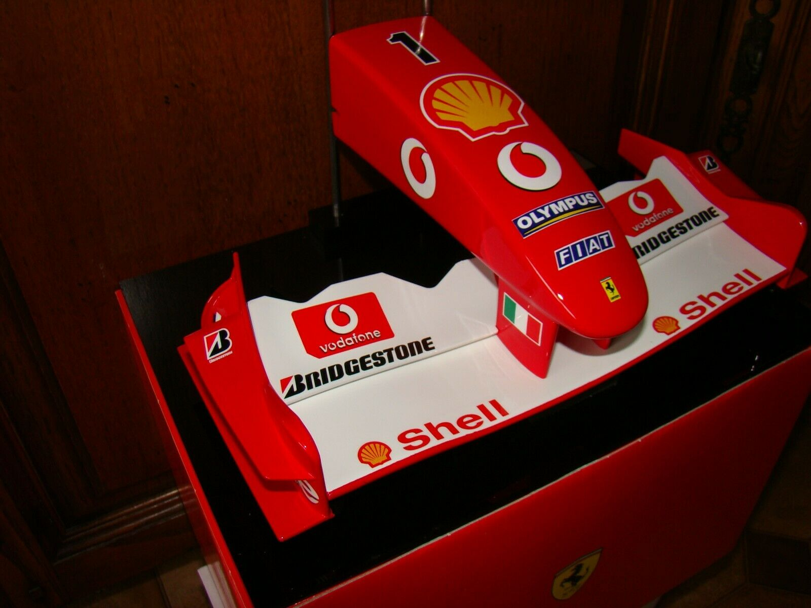 Ferrari F1 F2003ga Bozal Deportes Modelos a Escala 1 5ª Limited Magnífica Raro