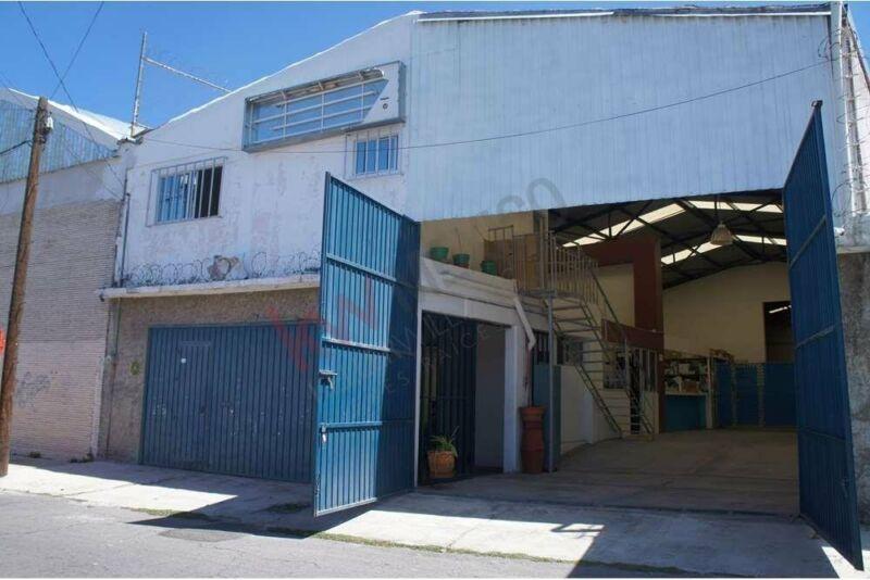 Bodega en Puebla con oficinas, cerca de la China Poblana, Central de Abastos, Diagonal ...