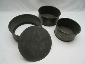 3 vintage old rusty round cake baking tins for display use