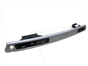 Luftdusche Luftdüse Mitte mit Einbaurahmen für BMW E90 318d 06-09 9130458