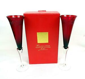 LENOX-HOLIDAY-GEMS-RUBY-RED-HOLLY-ETCH-2-PIECE-11-034-TOASTING-FLUTES-1999-2010