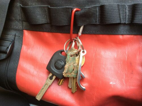 Mini Carabiner Spring Clip Key Ring  Red 4.5cm Camping FAST FREE UK POSTAGE