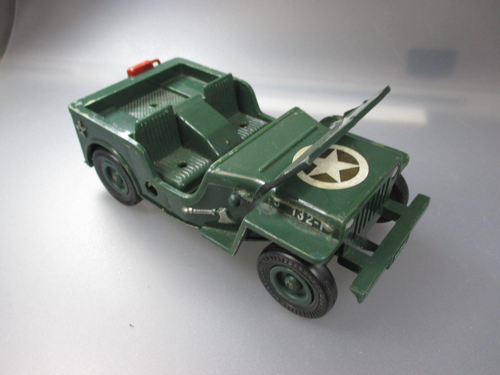 Pepe  Willy´s Jeep 5 132-P ,Unterboden  Blech, Portugal  (GK106)    Ruf zuerst