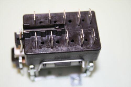 Schütz 16A Relais Schaltschütz Tripus TP 3250-40 Motor 307P051 4S UC=400V