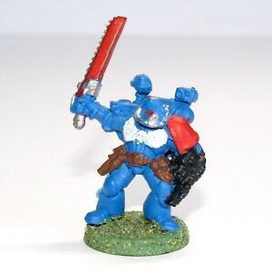 Warhammer-40K-Space-Marine-Apothecary-Classic-Metal-Vintage-Miniatures
