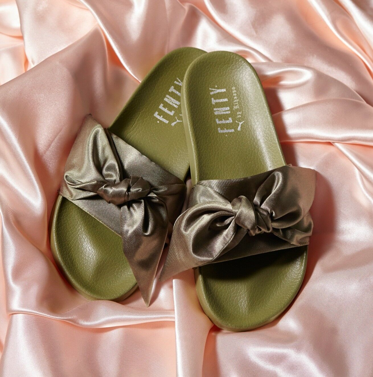 New with Box  Rihanna x Puma Fenty Bow Slide Sandals Olive Women's Size US5.5