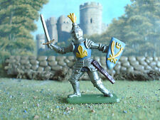 Vintage Crescent Medieval Knight with sword 1:32 painted