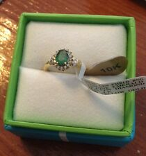 STRIKING 10kt Yellow Gold Genuine Emerald And Diamond Ring