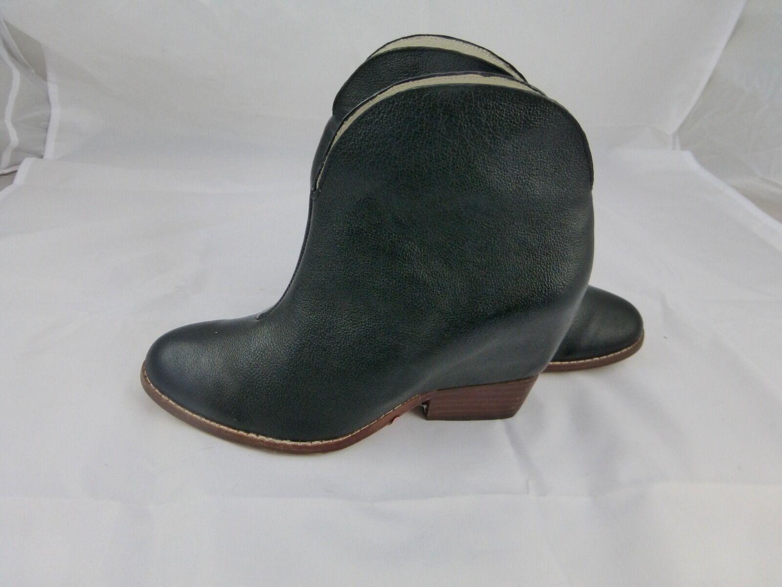 Matt Bernson Segretto boots schwarz Leder, NEU Größe 6, 300