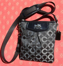 Coach MADISON Black Grey Op Art Stagecoach Pleated Crossbody Purse 43430