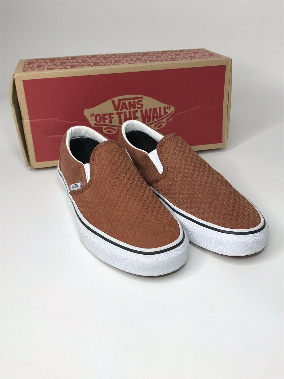 Vans Classic Slip-On Embossed Suede Men's shoes Sz 7  Women's 8.5 NWB Ships Free