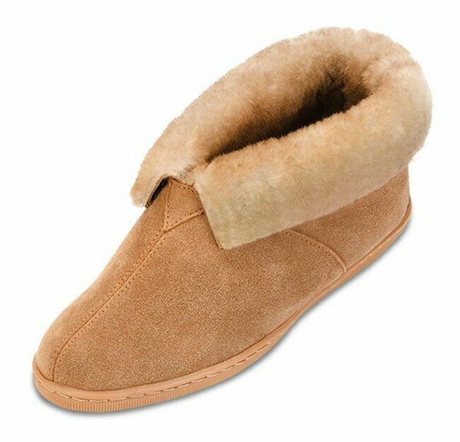 Minnetonka Womens 3451 Golden Tan Genuine Sheepskin Ankle Boot Moccasin 6M New