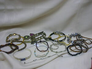 Lot-of-20-Bracelets-Beaded-Metal-Charms-Rhinestones-Stackable-Bracelets