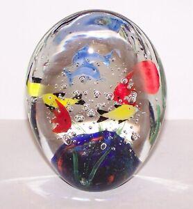 INCREDIBLE-MURANO-ART-GLASS-AQUARIUM-FISH-DOLPHIN-CORAL-REEF-4-3-4-034-PAPERWEIGHT