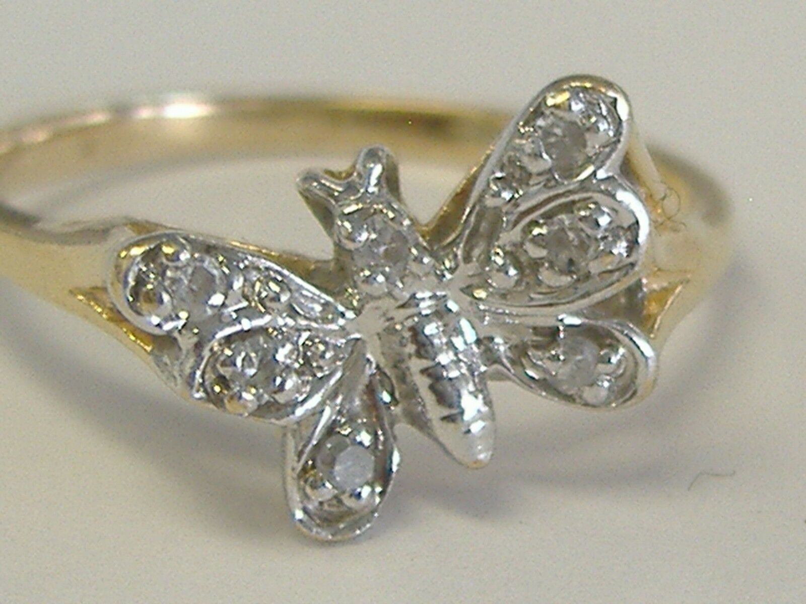 10K  SOLID gold   DIAMOND ACCENT BUTTERFLY RING SIZE 6.75-