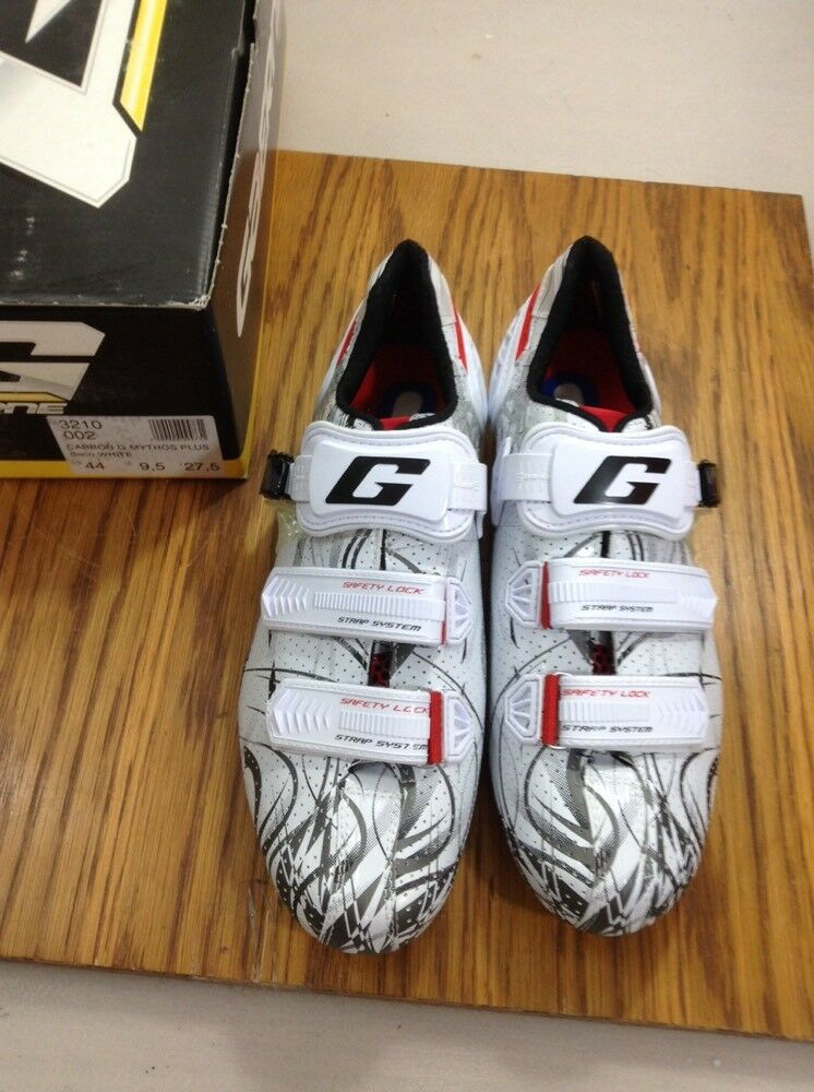 Gaerne Mythos Plus Carbon Road Cycling shoes Size 44 Euro 9.5 Us  (5715-33)