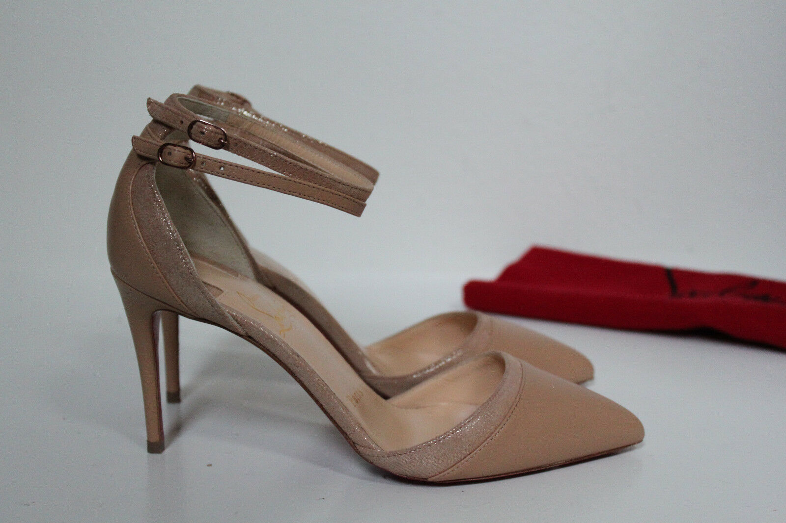 comodamente Sz 5     35 Christian Louboutin Uptown Double Nude Leather Pointed Toe Pump scarpe  miglior prezzo