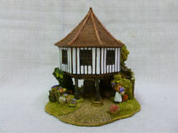 Lilliput Lane Sweet Lavender Cottage 2004 The British Collection L2790