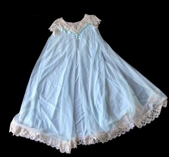 VINTAGE LUCIE ANN LONG FULL SWEEP NYLON & LACE NI… - image 1