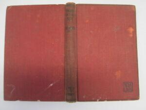Acceptable-Sword-in-the-Sun-Elizabeth-Hoy-1946-01-01-This-reprint-1947-Fad