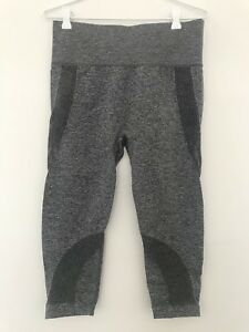 ee15639a605811 NWT Forever 21 Active Marled Capri Leggings Grey Charcoal Size US L ...