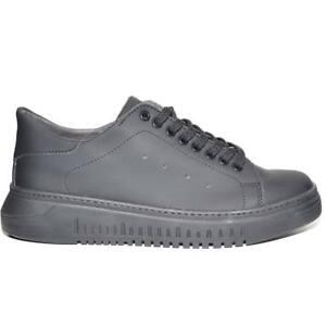 Dettagli su Sneakers scarpe uomo bassa nero made in italy tomaia in gommato nero fondo army