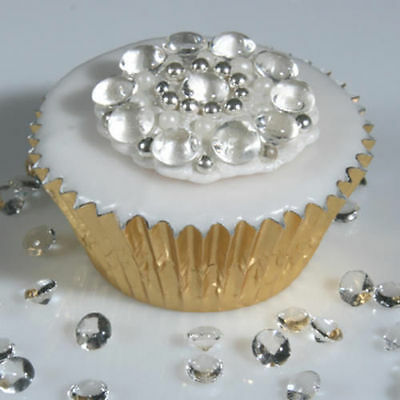 WOW!! EDIBLE SUGAR DIAMONDS 1cm Cupcake / Cake Decorations wedding sparkle party