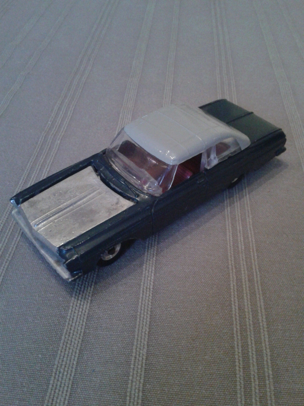 Dinky Juguetes 137 Plymouth Fury 1963 rare colour