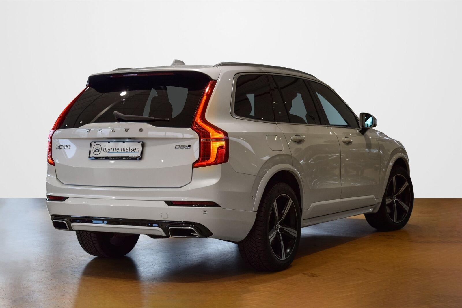 Volvo XC90 2,0 D5 225 R-Design aut. AWD 7prs - billede 2