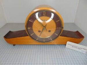 1960-039-s-2-TONE-WOOD-MANTEL-CLOCK-JUNGHANS