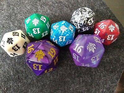 MTG 7 Dice SET Throne of Eldraine Magic Spindown D20 Die Oversized Purple Gift