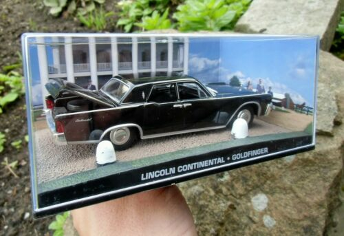 1:43 BOXED CAR MODEL Connery GOLDFINGER 007 JAMES BOND Lincoln Continental