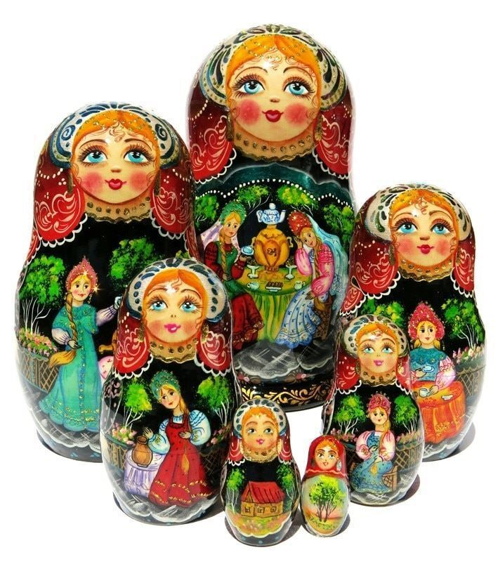 Girlfriends 7 Pièce russe Babushka poupee russe empilage jouet Matriochka Set