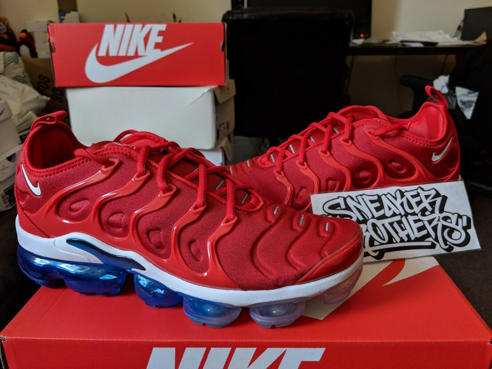 Nike Air Vapormax Plus USA University Red White Photo bluee Black July 924453-601