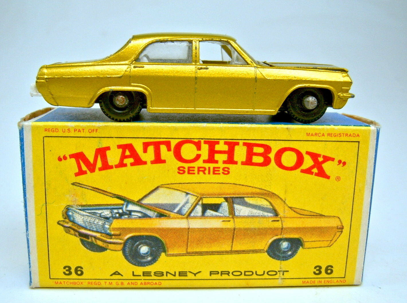 Matchbox Rw 36c OPEL DIPLOMAT gold METALLIC RARE Grey Engine in  E  box