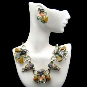 RARE-HOBE-Vintage-Egyptian-Enamel-Bakelite-Necklace-Earrings-Set-Mummy-Sphinx