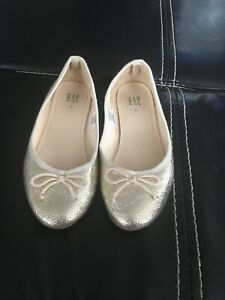 Details About Gap Shoes Gold Ballet Flats Girls 2 Worn Once