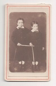 Vintage-CDV-2-Brothers-In-Fauntleroy-Suits-Photo-by-L-Poulain-Havre-France
