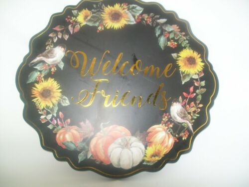 """Wall Decor Plaque  /""""Welcome Friends/"""" Fall Wall Plaque  13/"""" Dia"""